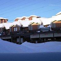 Vista di Galup in piazza Fraiteve in inverno
