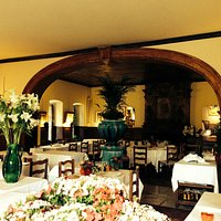 Inside the La Colombe D'Or
