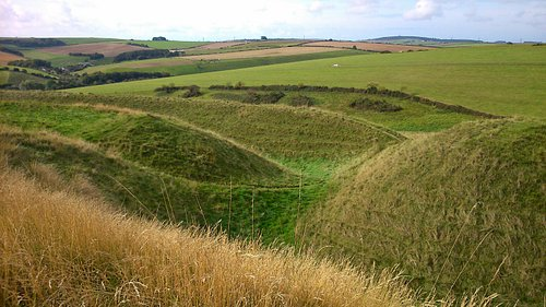 vistas and views over maiden castle