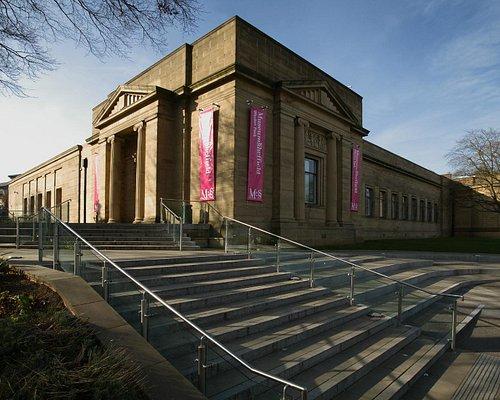 Weston Park Museum © Adrian Richardson
