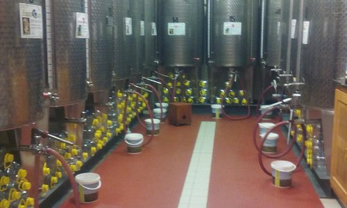 Oltre 20 tipi di vino DOC e IGT sfuso