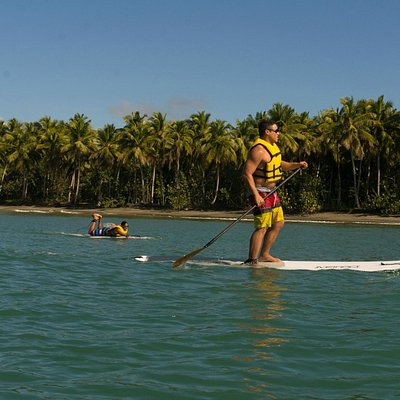 Stand Up Paddle Boarding on the Clear Blue Ocean!