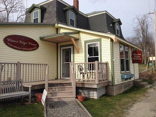 Stonington's Wine & Cheese Shop