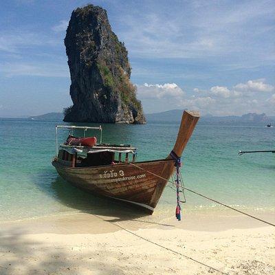 Private boat; personal service; perfect scenery