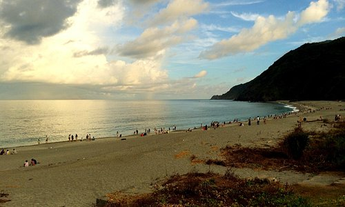 Lover's Bay/Neipi Beach in the Late Afternoon