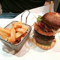 Empire Cheeseburger