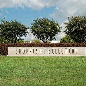 Shoppes at Bellemead Entrance