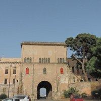 Porta dei Greci, Piazza della Kalsa,  Palermo