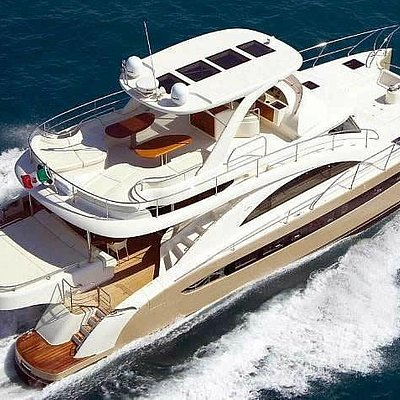 Miami Yacht Charters with Miami Boat Rent Inc