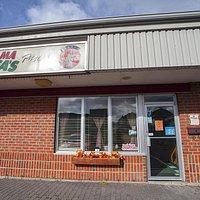 Hosts Ralph St. Pierre & Mama Alfa, Mama Alfa's Pizza on 135 Frederica St E., Thunder Bay, Ontar