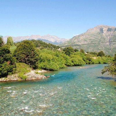 rio futaleufu, aguas transparentes y limpias