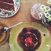 Red velvet cake and dessert pancake.