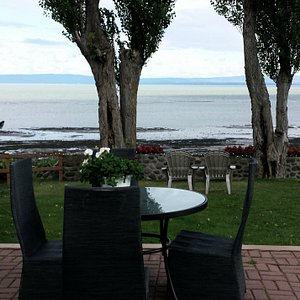 A place to enjoy nature's beauty at the Hotel Cap-aux-Pierres