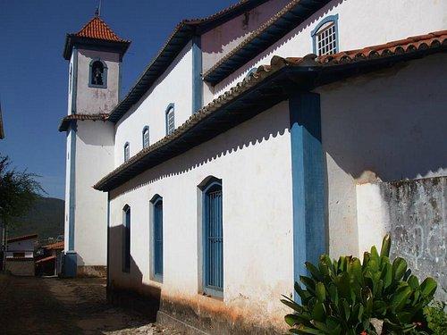 Lateral da Igreja N. Sra. das Mercês - Sabará MG.