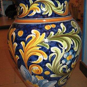 Vaso di ceramica di Caltagirone- Idea che ti manca, via Cavour 273, Vittoria(RG)
