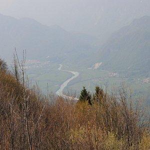 panorama del fiume Natisone e Caporetto