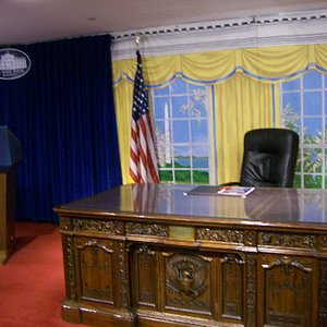 The Replica of the Oval Office & Podium at the Gift Shop