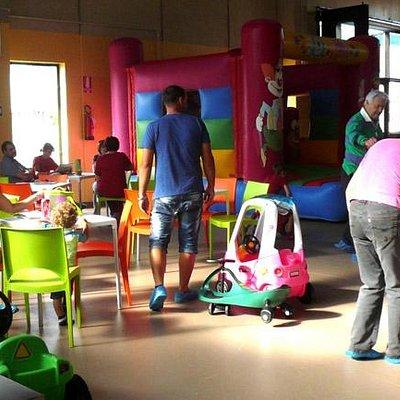 Jump Jump è un parco divertimenti per bambini con gonfiabili al coperto - Roccabruna Cuneo