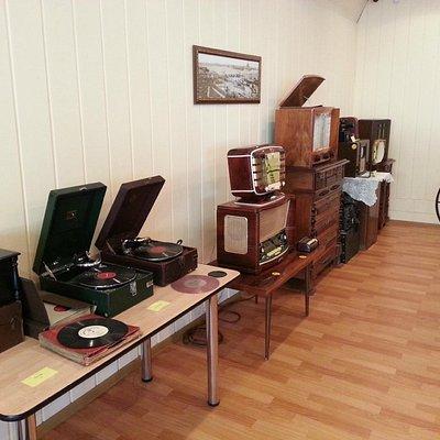 Музыка советсткой эпохи. Все работает и радует слух