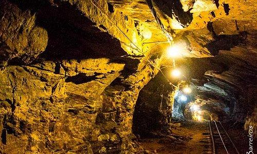 Saindo da mina da Passagem