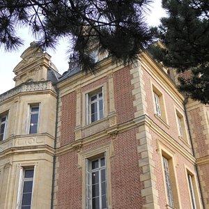 Le musée Montebello depuis l'escalier d'arrivée