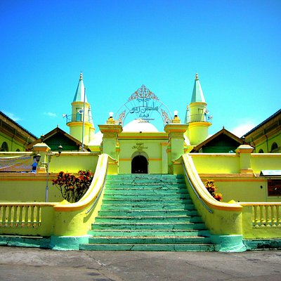 Sultan of Riau Grand Mosque