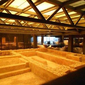 esempio di rovine all'interno del centro