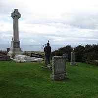 Piping at Flora's Grave