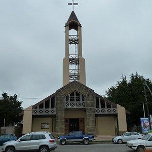 Neue (bescheidene) Kathedrale in Ancud