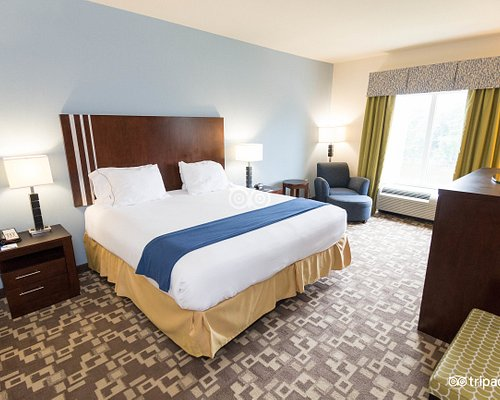 The 10 Closest Hotels To Camp Creek Marketplace East Point Tripadvisor Find Hotels Near Camp Creek Marketplace
