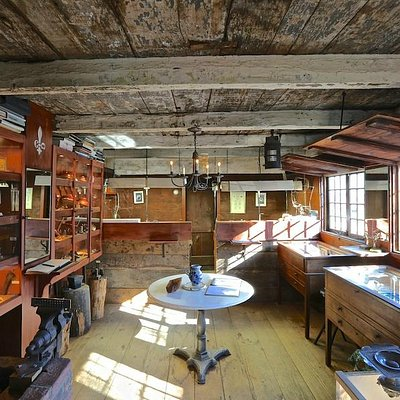 Interior of the 1686 Pelletreau Silver Shop.