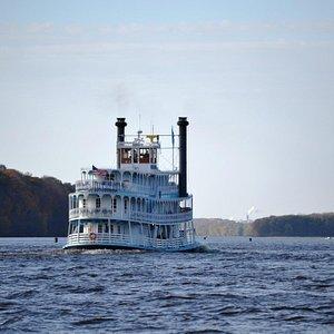 Boat on Mississippi