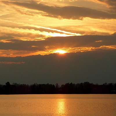 See Delta Sunsets/photos on my Facebook: Today With Rennae