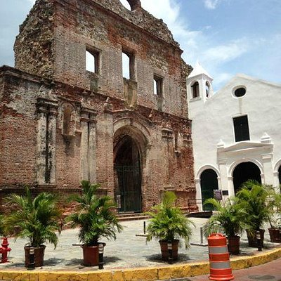 Facade of the Santo Domingo Church in old town Panama