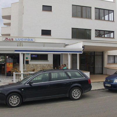 Bar Lucinda beside Skal Apartments.