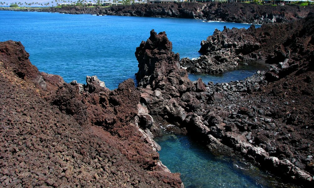 49 Black Sand Beach - Volcanic formations