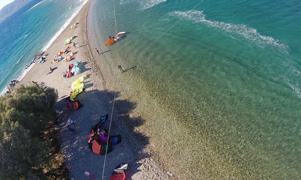 kiteboarding to the most famous kite spot of Greece Capedrepano