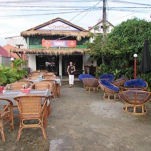 nouveaux restaurant Bar French & Khmer