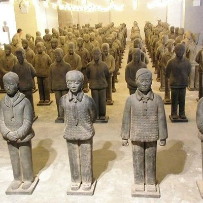 Terracotta Daughters im Okt. in NYC