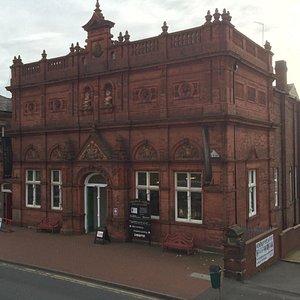 Wednesbury Museum and Art Gallery, Holyhead Road, Wednesbury, Ws10 7DF