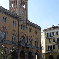 Palazzo Civico an der Piazza