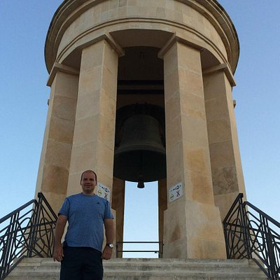 La Campana conmemorativa al Asedio de Malta