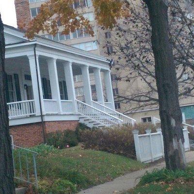 Iles house