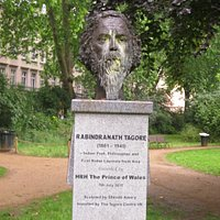 Bust of Tagore in Gordon Park