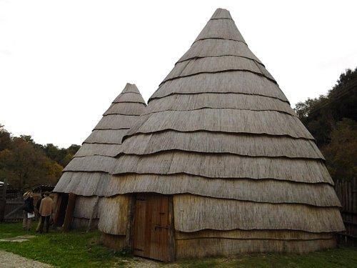 abitazioni  protostoriche
