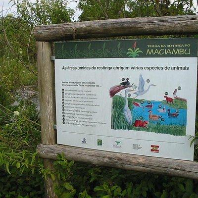 Placa indicativa no parque