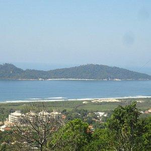 Vista lá de cima da ilha do Campeche