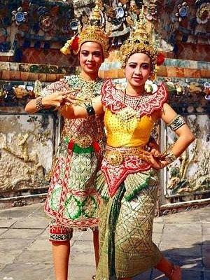 Royal Thai Dance show