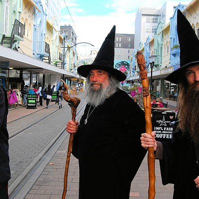 Wizard of New Zealand and apprentice