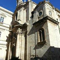 Facciata della chiesa detta popolarmente